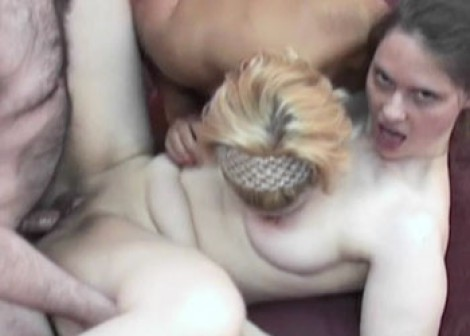 Liisa and Natasha's swinging threesome